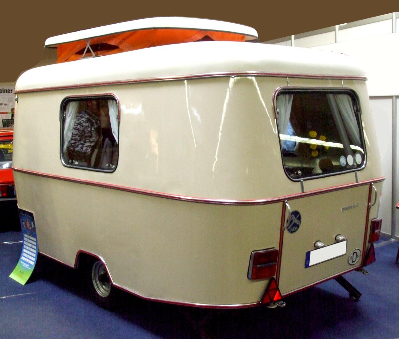 Eriba_Pan_1964_hl Wohnwagen mit Hubdach