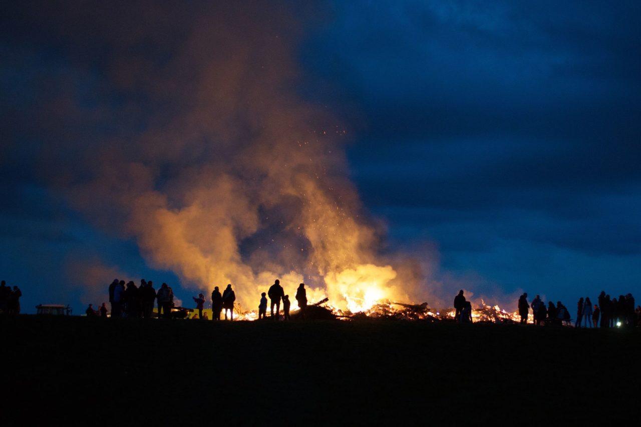 Lagerfeuer: Wo ist offenes Feuer erlaubt, wo verboten? 7