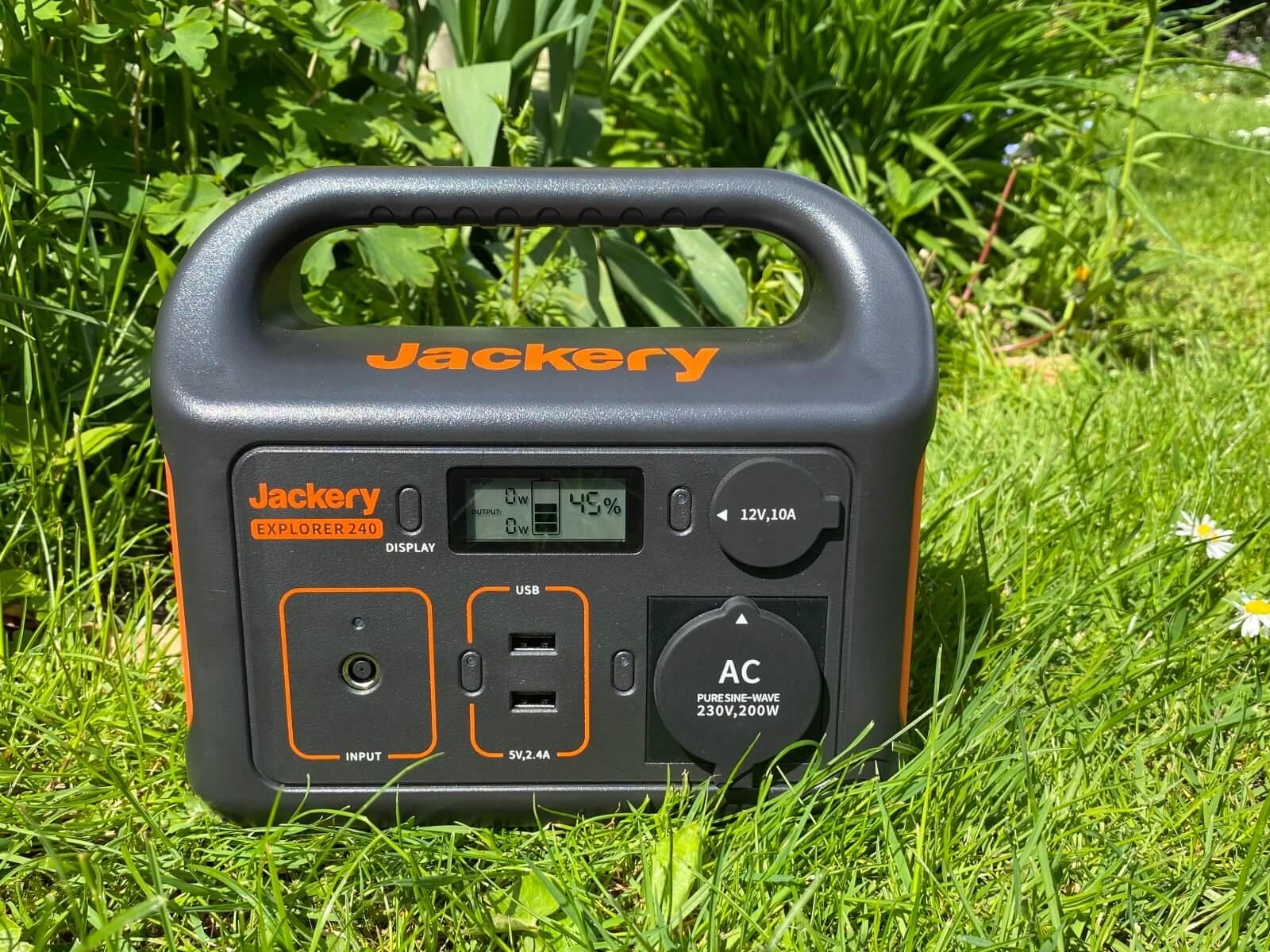 Jackery Explorer 240 Power Station Test - Titelbild
